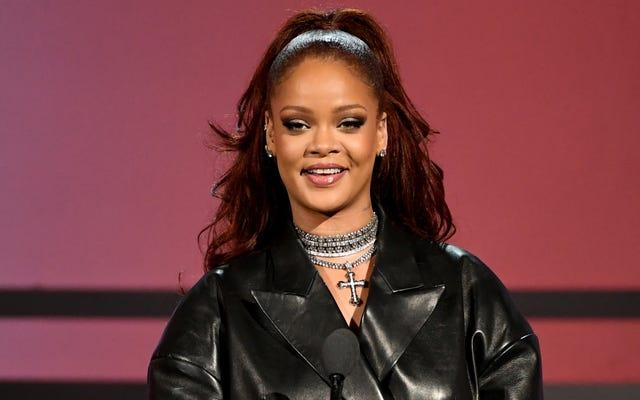 Pon De Re-Plate: Rihanna sortira bientôt avec un livre de cuisine au lieu d'un album, et non, je ne pleure pas à ce sujet, vous êtes