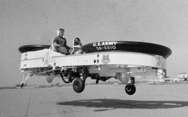 Oui, l'armée américaine a en fait développé une jeep volante avec des armes à feu