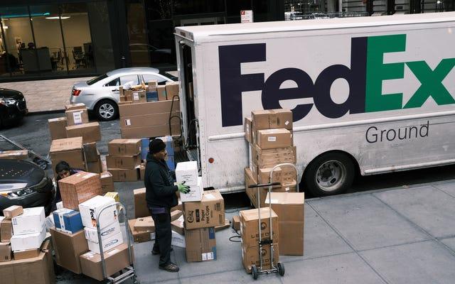 Amazon interdit aux vendeurs de la place de marché d'utiliser FedEx Ground pour les envois Prime