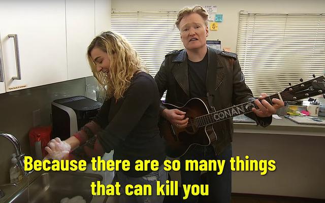 Conan, personelini koronavirüs konusunda sakin ve mantıklı bir şekilde uyarıyor