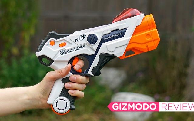 Les nouveaux laser tag blasters de Nerf ont abandonné les fléchettes, et je ne les manque pas