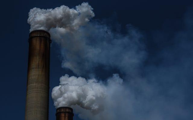 トランプ政権は煤のルールを更新することを拒否し、数千人を死に至らしめる