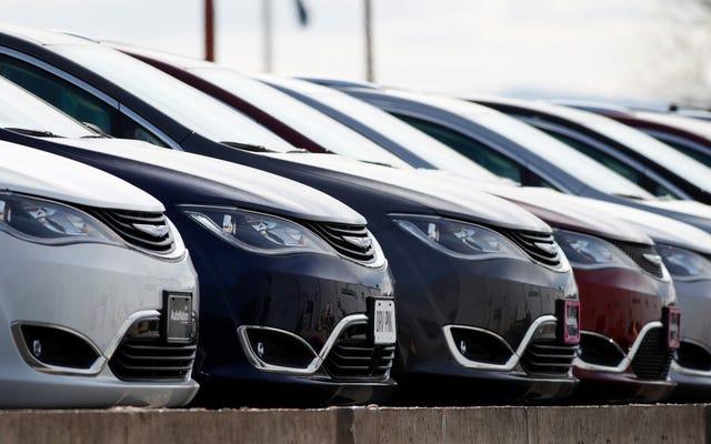 いくつかの自動車メーカーは、コロナウイルスのためにローンの救済と特別な資金調達プログラムを提供しています