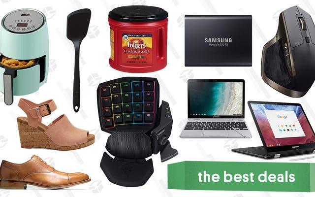 月曜日のお得な情報:MacBook Air、PlayStation Now、TOMS、ColeHaanなど
