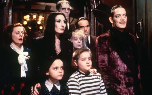 Tim Burton'ın Planlanan Addams Ailesi TV Şovu Sesleri Hep Birlikte Ooky