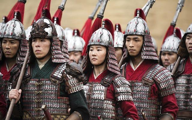 Mulan menghadapi banyak kontroversi hingga debutnya yang mengecewakan di China