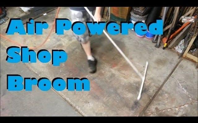 मलबे की अपनी मंजिल को जल्दी से साफ करने के लिए एक एयर-पावर्ड शॉप ब्रूम बनाएं