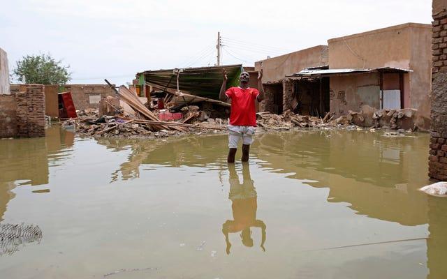 アフリカは最悪の気候災害のいくつかを経験していますが、世界はカリフォルニアが燃えるのを見ています。アメリカは気候変動をリードする必要がある