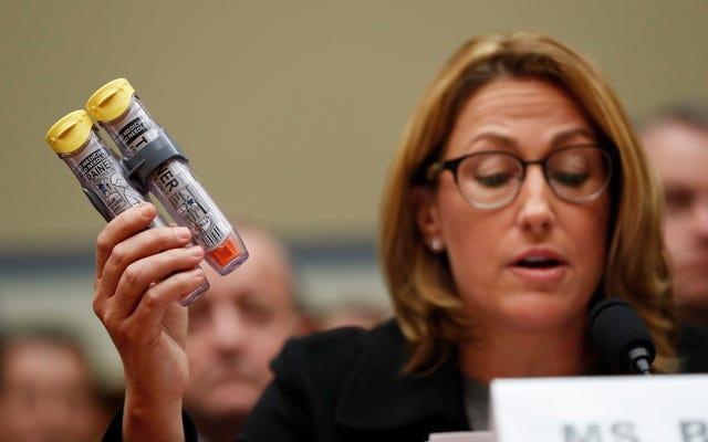 EpiPens defectuosos citados en la muerte de al menos 7 estadounidenses hasta ahora en 2017