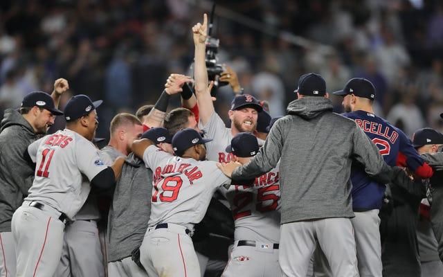 Les Red Sox survivent près de la merde, éliminent les Yankees