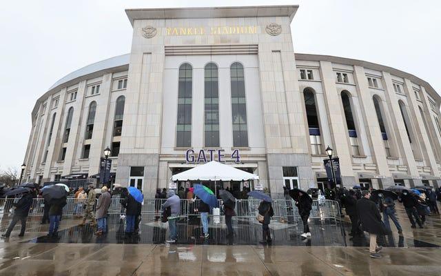 """Citi Field otwiera się na """"masowe"""" szczepienia, ale ze znacznie mniejszymi dawkami niż Yankee Stadium, bo NYC"""