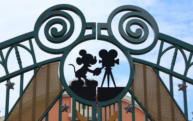 アフリカの少女の魔法:ディズニーがアフリカの王女、サデの周りに新しいおとぎ話の映画を開発する