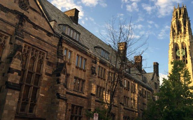 Wanita Menuntut Yale Karena Membiarkan Adegan Sosial Didominasi Oleh Persaudaraan Kotor