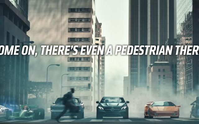 Le vice-président d'Irwindale Speedway appelle les constructeurs automobiles pour leur glorification des courses de rue