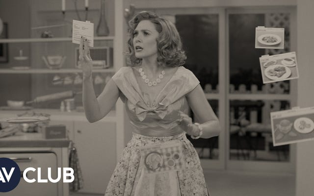 Elizabeth Olsen en WandaVision y si la película de Brady Bunch se sostiene