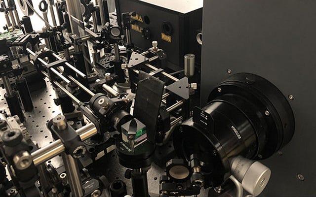 世界最速のカメラが10兆FPSで現実の姿を再定義