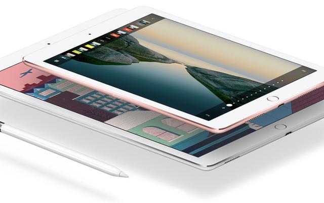 新しいiPadPro:iPad Airはスタイラスで覆われていますが、iPadAirはそのままです