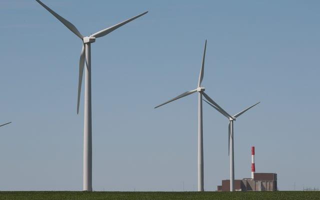 Virginia aprueba una emblemática legislación sobre energía limpia