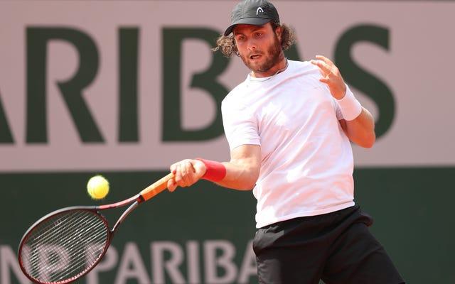 Bir Tenisçi Fransa Açık'ta Oynamak İçin Son Dakika Şansını Yakaladı, 10 Saatini Paris'e Gitti ve Kazandı