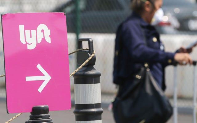 Menggunakan Rideshares Sebagai Wanita Terus Mengerikan