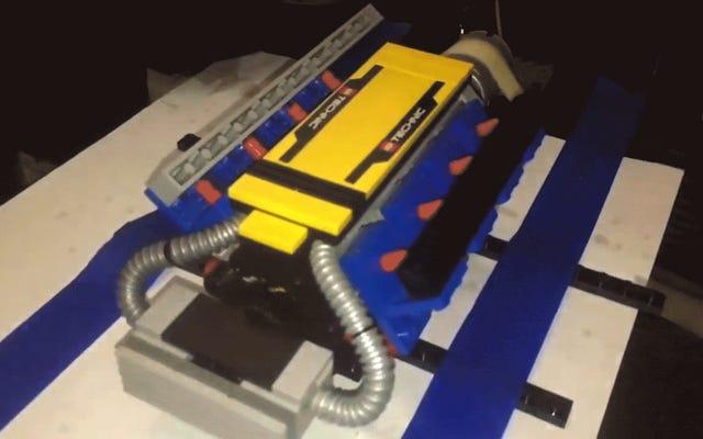 कुछ लेगो इंजन देखें जब तक वे विस्फोट नहीं करते