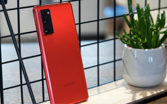 คุณควรซื้อ Android ราคาประหยัด: Galaxy S20 FE, Pixel 5 หรือ Pixel 4a 5G
