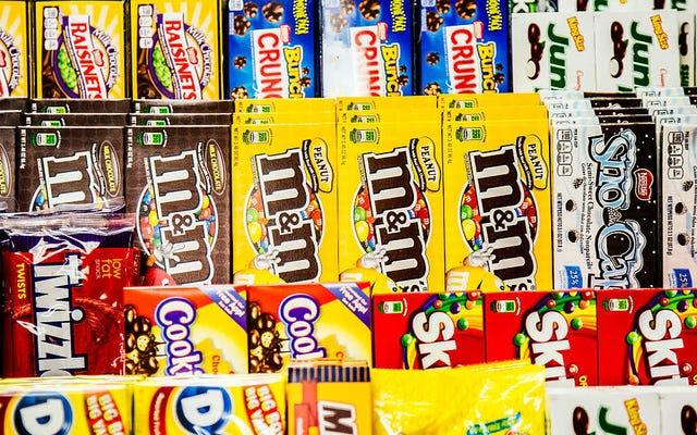 ポップコーンとキャンディーの基本的な組み合わせに関する究極の映画ファンガイド