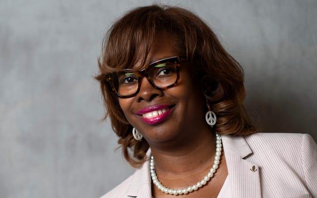 「私たちは人々の関心を維持しなければなりません」:黒人有権者問題の共同創設者であるLaTosha Brownは、彼女がジョージアブルーを変えるのをどのように助けたかについて料理します