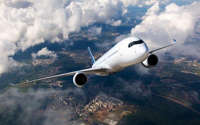 Почему всегда следует использовать приложение авиакомпании, которой вы летите