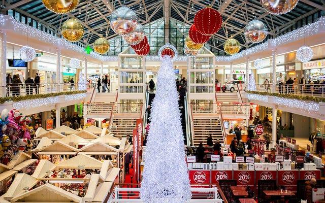 Kafanızda değil: Noel şarkılarını Noel'den çok önce dinlemek zihinsel sağlığınıza gerçekten zarar verebilir