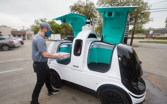Attention, citoyen: surveillez votre dos autour du nouveau robot pizza Domino's