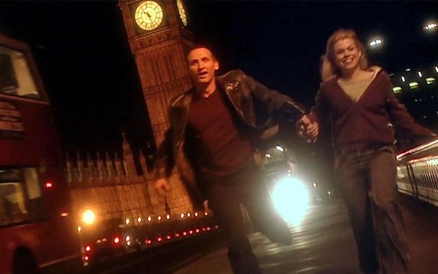 """Russell T. Davies publiera un nouveau matériel Doctor Who pour le 15e anniversaire """"Rose"""" Rewatch"""