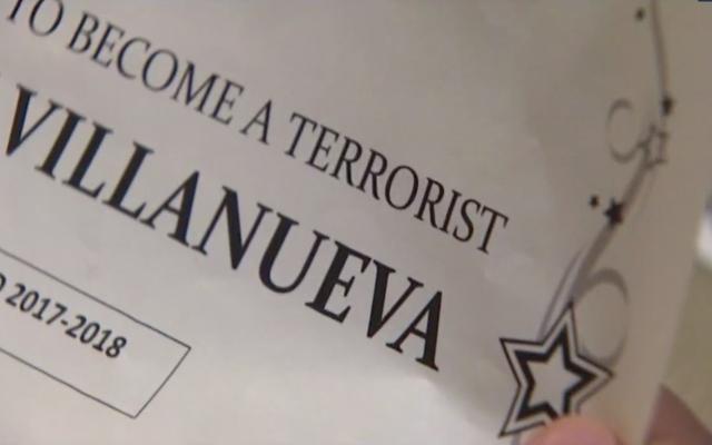 テキサスの教師が学生に「テロリストになる可能性が最も高い」賞を与えたために解雇
