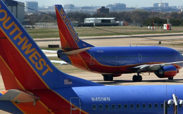 Maskapai Telah Melarang Minuman Keras di Penerbangan sebagai Tindakan Pencegahan Covid-19