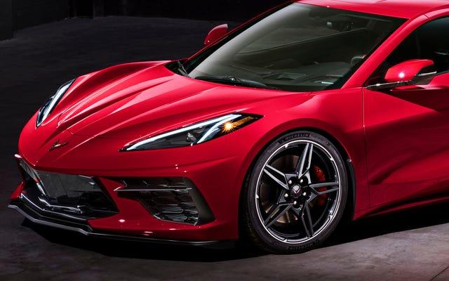 Dans une tentative désespérée d'obtenir des acheteurs en dessous de l'âge de la retraite, la Corvette C8 abandonne les roues chromées