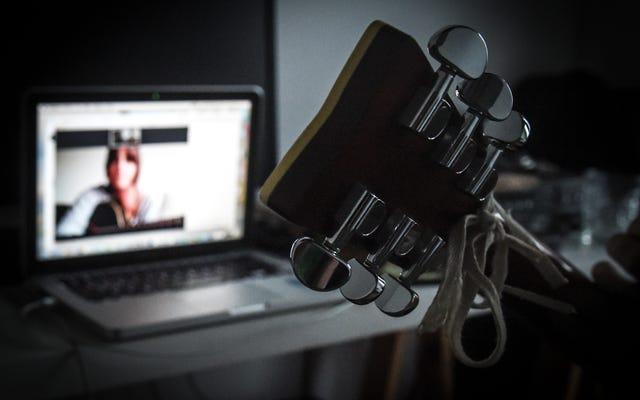 ミュージシャンはパンデミックの間中毒に苦しんでいます