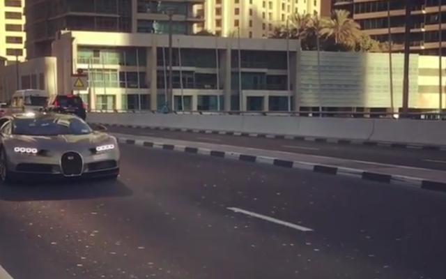 Теперь мы должны быть терпеливыми для обзора Криса Харриса Bugatti Chiron Top Gear