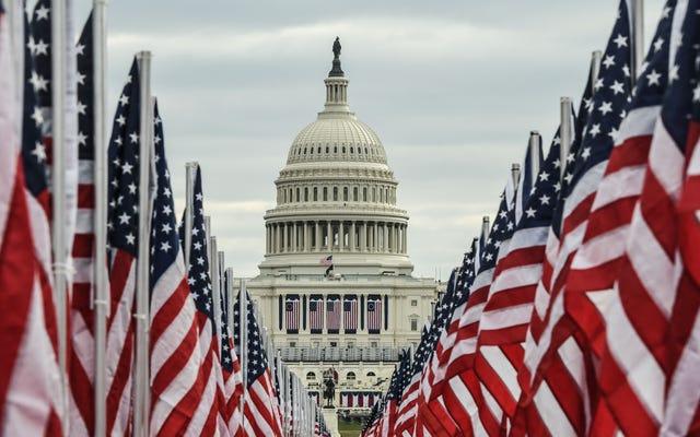 米国は大統領の権力の移転が午前12時に起こるか午後12時に起こるかを忘れた後、憲法上の危機に突入