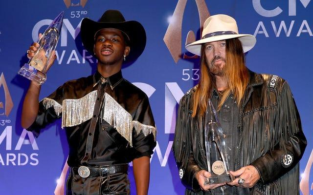 Yeahhh, Lil Nas X prenderà il suo storico premio CMA 2019 nella `` Old Town Road ''