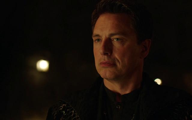 Trên Arrow, Ollie đã mắc sai lầm của siêu anh hùng tối thượng một lần quá nhiều lần
