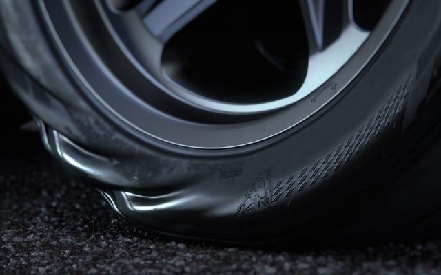 The Dodge Challenger SRT Demon Akan Meluncurkan Wajah Anda Ke Dimensi Lain