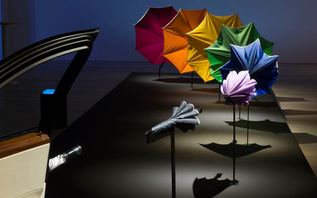 L'incredibile maestà di un ombrello Rolls-Royce