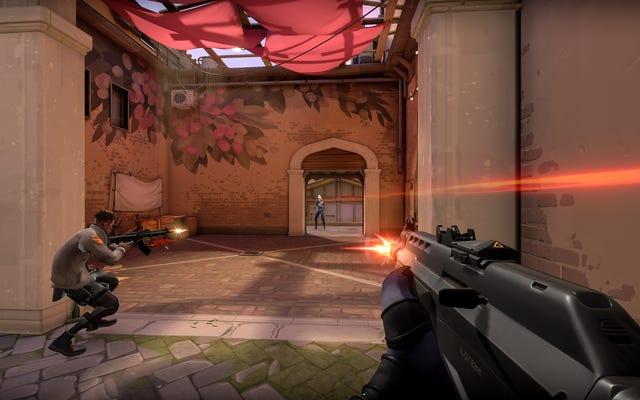 プレイヤーはValorantの新しいヘッドショットサウンドを嫌い、暴動がそれを元に戻している
