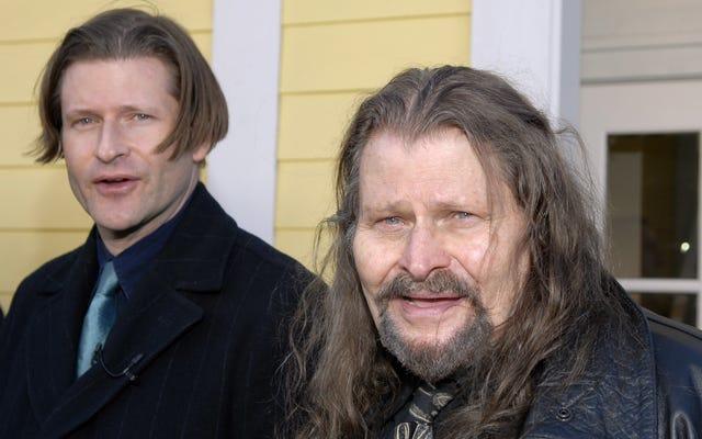 私たちはあなたを保証することができます、これはクリスピングローバーと彼のお父さんの本当の写真です