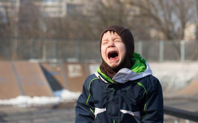 あなたの子供にかんしゃくを和らげるために怒っている手紙を書かせてください