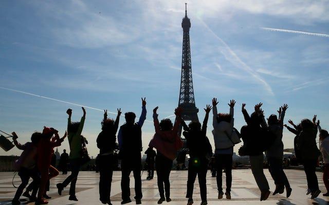 ほぼ200万人が気候変動をめぐってフランスを訴える請願書に署名