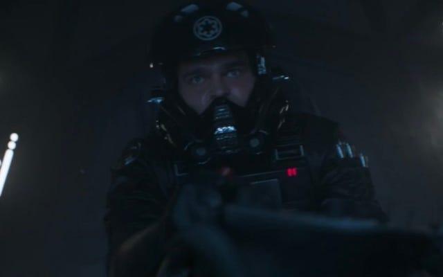 Mira a Han Solo volar un caza TIE en una escena eliminada de Solo