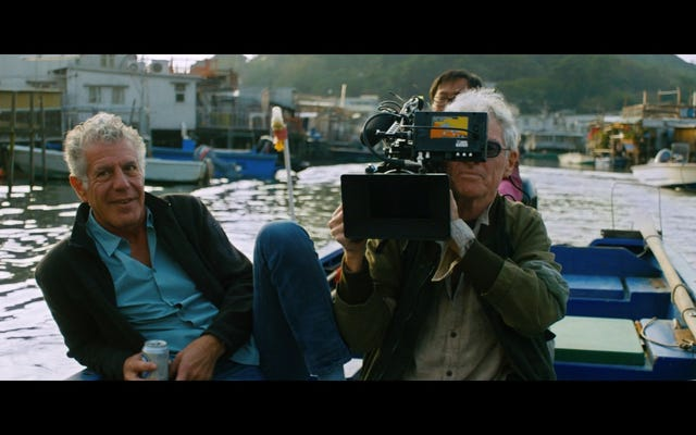TV Akademisi Anthony Bourdain'i 6 Ölümden Sonra Emmy ile Selamlıyor