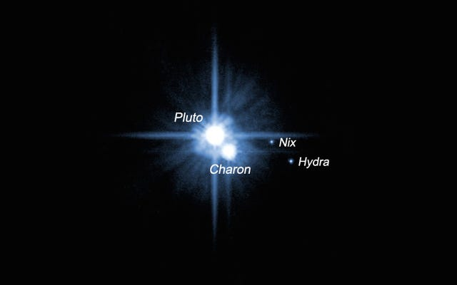 冥王星の小さな衛星、ニックスとヒドラに会いましょう
