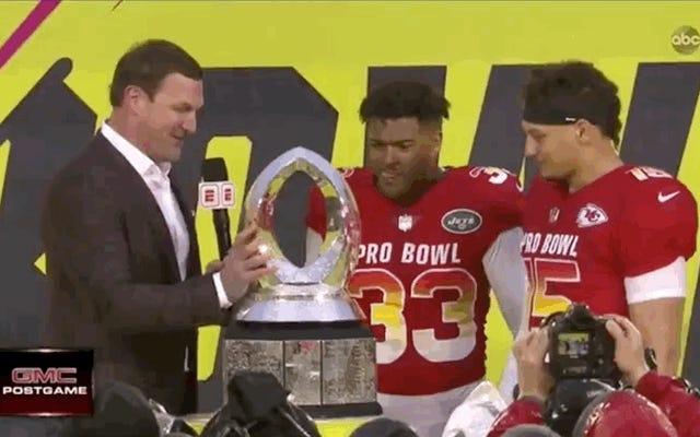 Jason Witten a cassé le trophée du Damn Pro Bowl